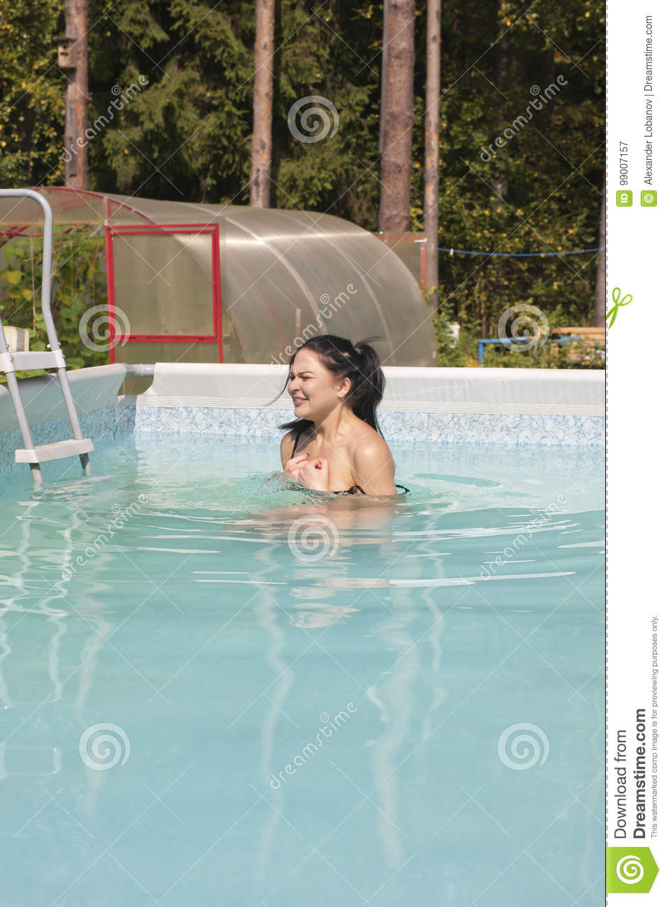 Naked girls in public pool